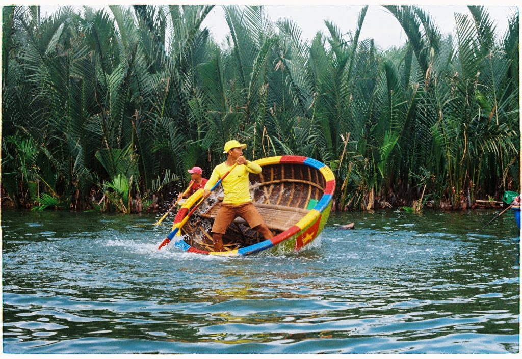 Vietnam - basket boat